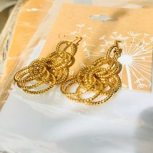 Jewelry - 14KT Gold plated earrings